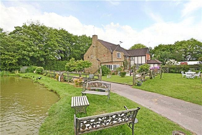Guide Price £2,200,000, 4 Bedroom Land For Sale in Hertfordshire, AL6