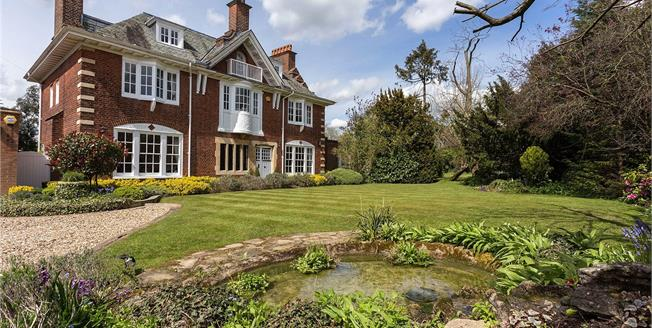 Guide Price £3,000,000, 6 Bedroom Detached House For Sale in Hertfordshire, EN6