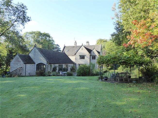 Asking Price £1,495,000, 6 Bedroom Detached House For Sale in Painswick, GL6