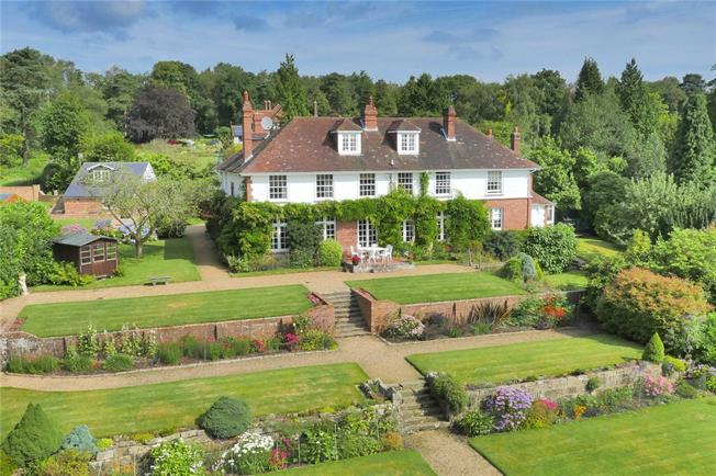 Asking Price £1,835,000, 5 Bedroom Detached House For Sale in Crowborough, TN6