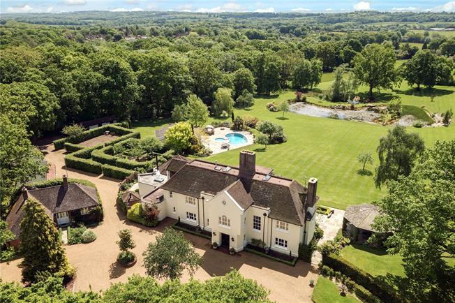 Guide Price £3,450,000, 6 Bedroom Detached House For Sale in Handcross, RH17