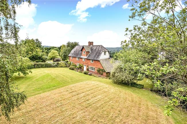 Asking Price £1,550,000, 5 Bedroom Detached House For Sale in Eridge Green, TN3