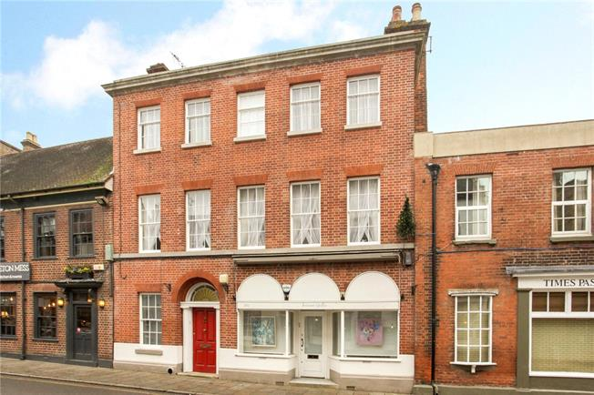 Guide Price £2,000,000, 5 Bedroom Terraced House For Sale in Eton, SL4