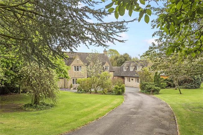 Guide Price £1,395,000, 5 Bedroom Detached House For Sale in Hazleton, GL54