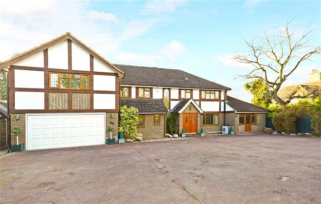 Asking Price £2,150,000, 5 Bedroom Detached House For Sale in Surrey, KT12