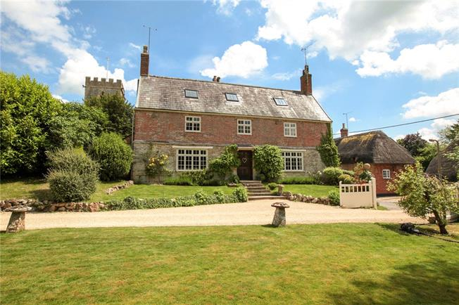 Asking Price £1,495,000, 8 Bedroom Detached House For Sale in Chiseldon, SN4