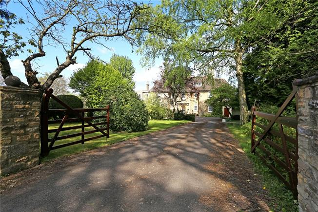 Guide Price £1,950,000, 8 Bedroom Detached House For Sale in Stroud, Gloucestershire, GL5