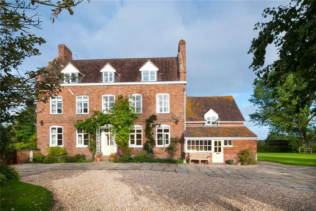 Guide Price £1,175,000, 6 Bedroom Detached House For Sale in The Leigh, GL19