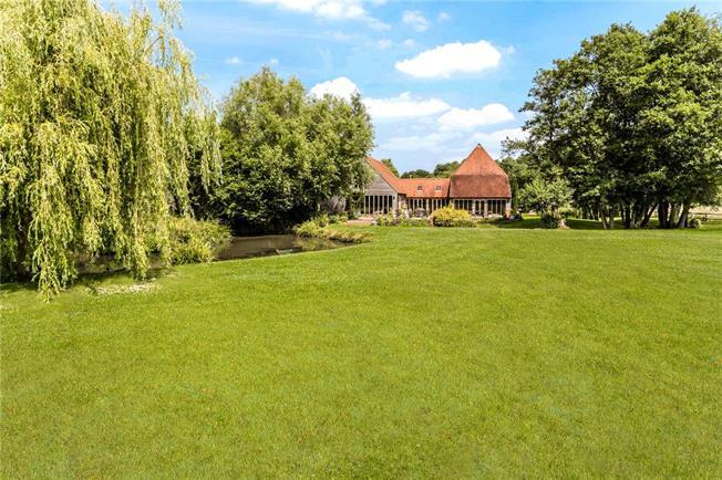 Asking Price £1,650,000, 4 Bedroom Detached House For Sale in Horsmonden, TN12