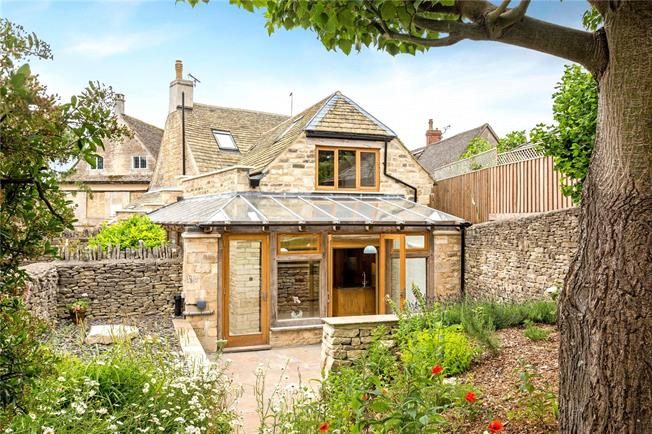 Offers in excess of £925,000, 4 Bedroom Detached House For Sale in Minchinhampton, GL6