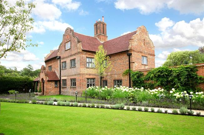Guide Price £3,500,000, 4 Bedroom Detached House For Sale in Surrey, GU24