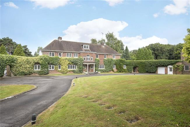 Guide Price £2,950,000, 6 Bedroom Land For Sale in Hemel Hempstead, Hertford, HP3