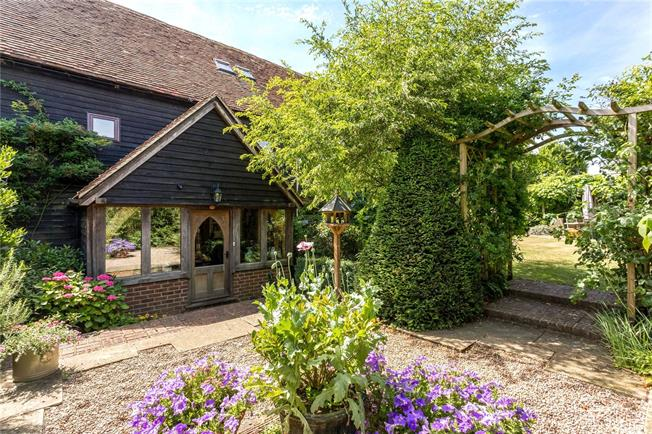 Guide Price £999,999, 5 Bedroom House For Sale in Long Wittenham, OX14
