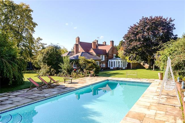 Guide Price £2,750,000, 6 Bedroom Detached House For Sale in Surrey, GU24