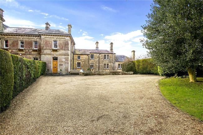 Asking Price £1,250,000, 4 Bedroom House For Sale in Stroud, Gloucestershire, GL5