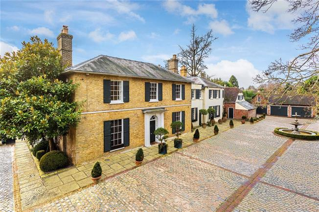 Guide Price £2,495,000, 6 Bedroom Detached House For Sale in Wateringbury, ME18