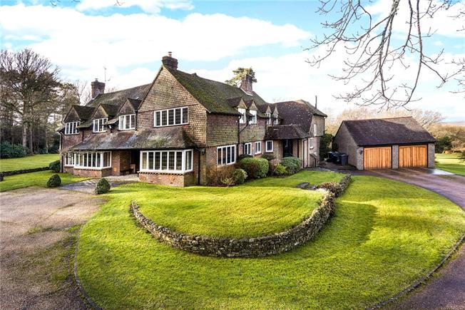 Guide Price £2,400,000, 7 Bedroom Detached House For Sale in Farnham, Surrey, GU10