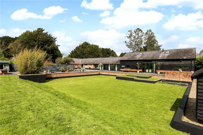 Guide Price £1,750,000, 5 Bedroom Detached House For Sale in Wootton Rivers, SN8