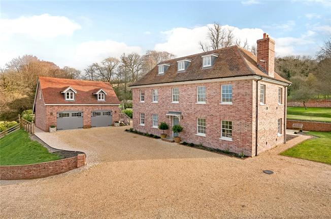 Guide Price £2,250,000, 6 Bedroom Detached House For Sale in Hampshire, SO24