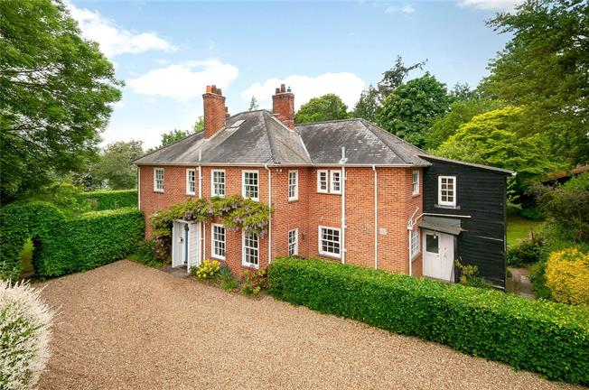Guide Price £1,350,000, 6 Bedroom Detached House For Sale in Winchester, Hampshire, SO21