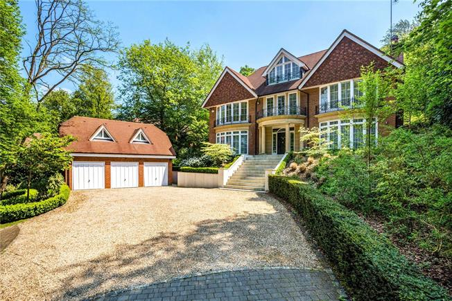 Offers in excess of £2,500,000, 5 Bedroom Detached House For Sale in Beaconsfield, HP9