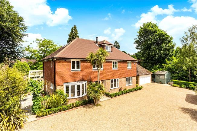 Asking Price £1,595,000, 6 Bedroom Detached House For Sale in Kent, TN4