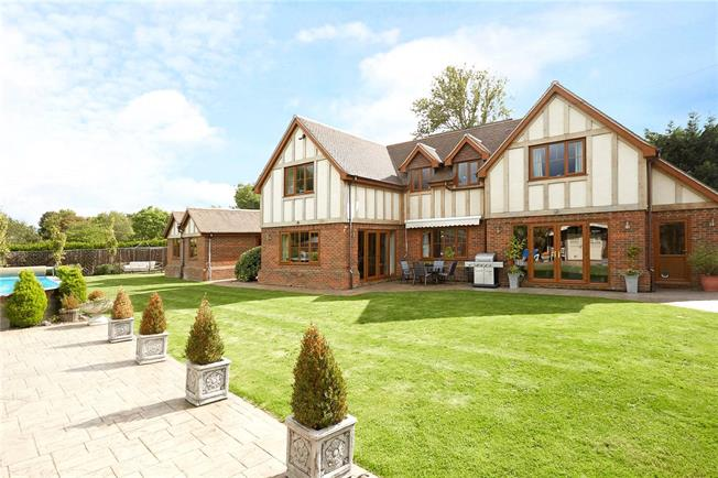 Guide Price £2,250,000, 4 Bedroom Detached House For Sale in Maidenhead, Berkshire, SL6