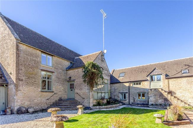 Guide Price £1,150,000, 5 Bedroom House For Sale in Winson, GL7