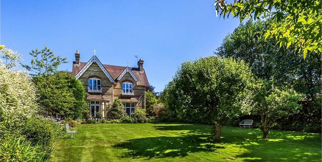 Asking Price £1,495,000, 5 Bedroom House For Sale in Tunbridge Wells, TN2