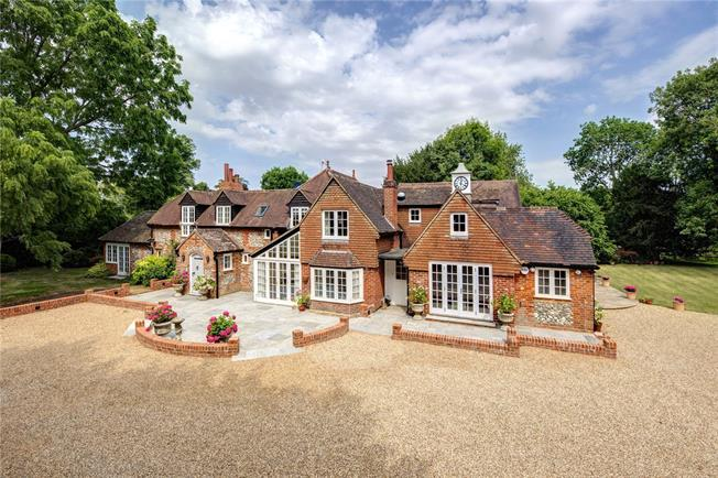 Offers in excess of £2,500,000, 6 Bedroom Detached House For Sale in Wallingford, OX10