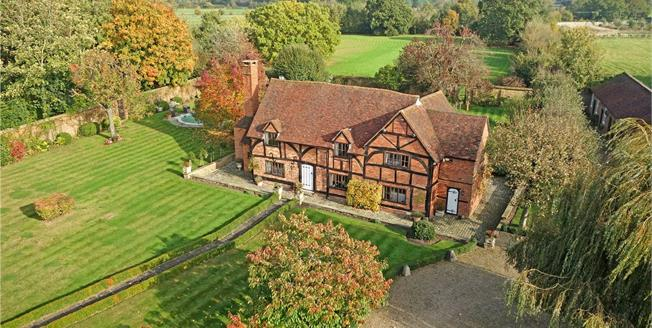 Guide Price £2,999,000, 4 Bedroom Detached House For Sale in Winkfield, SL4