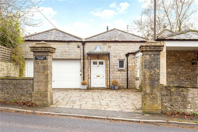 Guide Price £1,000,000, 3 Bedroom Detached House For Sale in Bath, BA1