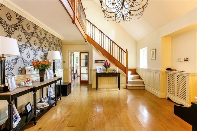 Asking Price £1,695,000, 5 Bedroom Detached House For Sale in Wokingham, Berkshire, RG40