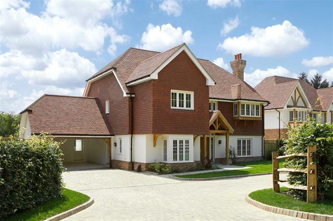 Asking Price £1,395,000, 5 Bedroom Detached House For Sale in Wadhurst, East Sussex, TN5