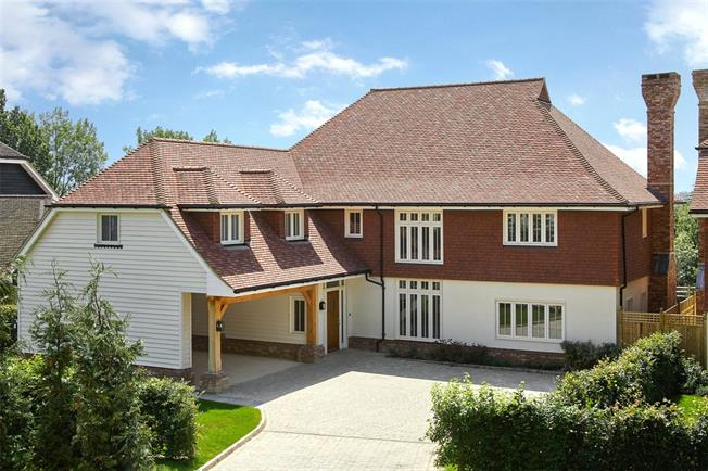 Asking Price £1,595,000, 5 Bedroom Detached House For Sale in Wadhurst, East Sussex, TN5