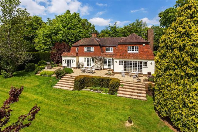 Guide Price £1,295,000, 5 Bedroom Detached House For Sale in Tunbridge Wells, East Sus, TN3