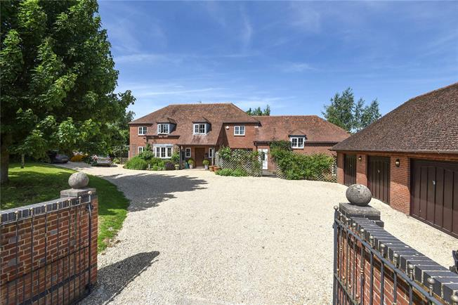 Guide Price £1,250,000, 5 Bedroom Detached House For Sale in Winterbourne Bassett, SN4