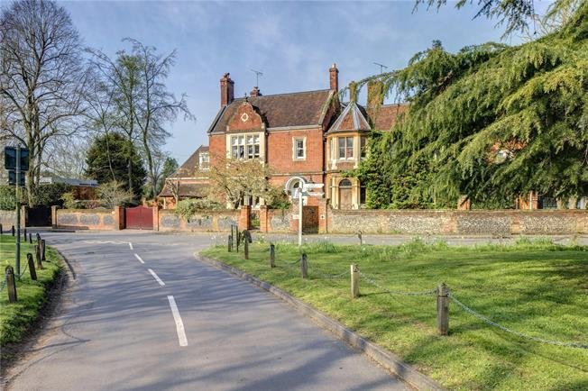 Guide Price £2,500,000, 5 Bedroom End of Terrace House For Sale in Maidenhead, Berkshire, SL6