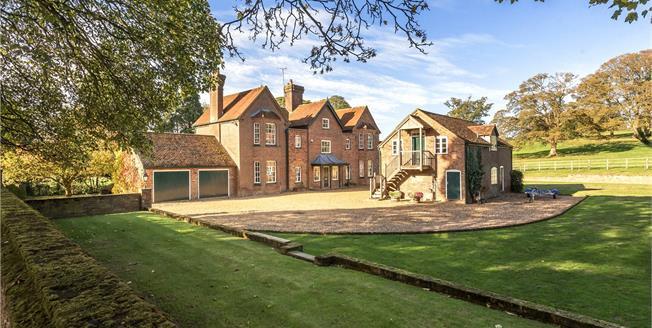 Guide Price £3,000,000, 7 Bedroom Detached House For Sale in St. Albans, Hertfordshire, AL3