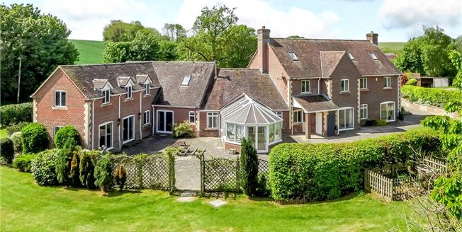 Guide Price £1,250,000, 6 Bedroom Detached House For Sale in Enford, SN9