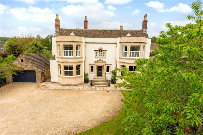 Guide Price £1,250,000, 6 Bedroom Detached House For Sale in Wiltshire, SN16