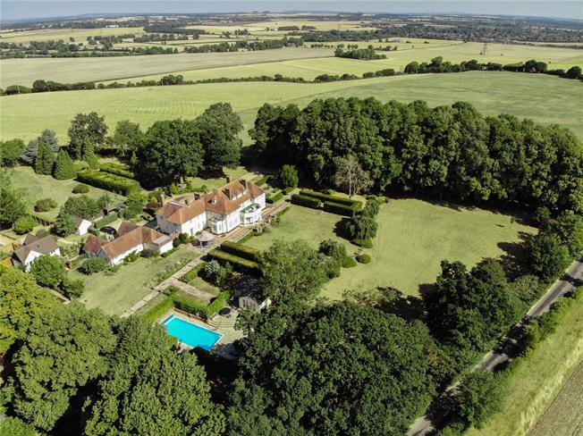 Guide Price £3,750,000, 10 Bedroom Detached House For Sale in Oxfordshire, OX10