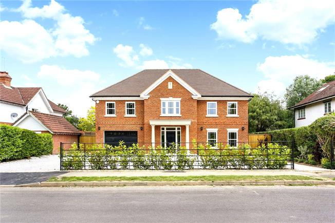 Guide Price £1,895,000, 6 Bedroom Detached House For Sale in Surrey, GU6