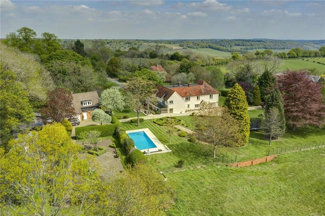 Guide Price £2,995,000, 5 Bedroom Detached House For Sale in Buckinghamshire, RG9
