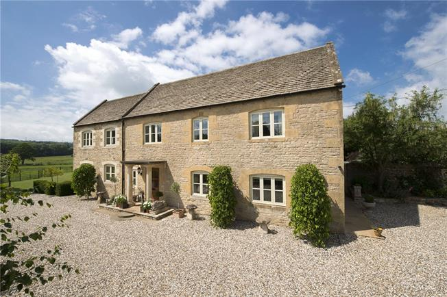 Guide Price £1,950,000, 5 Bedroom Detached House For Sale in Cheltenham, GL54