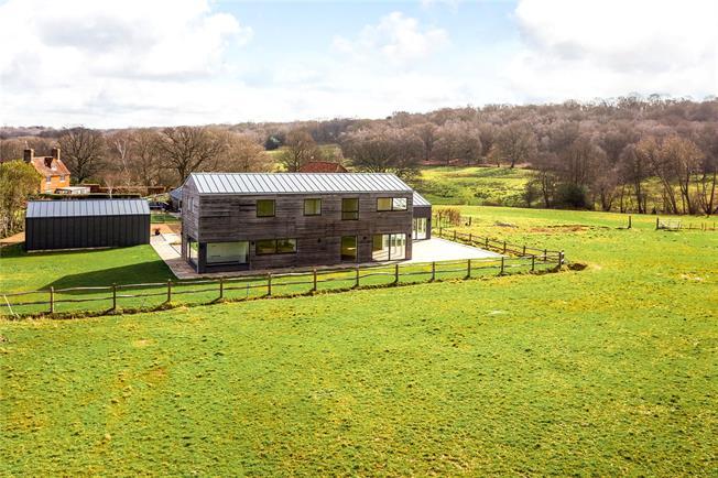 Guide Price £2,000,000, 4 Bedroom Detached House For Sale in Tunbridge Wells, East Sus, TN3