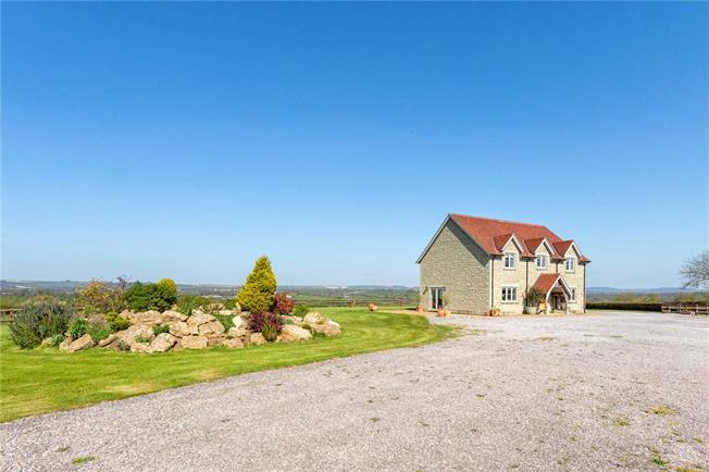 Guide Price £1,750,000, 5 Bedroom Detached House For Sale in Dorset, SP8