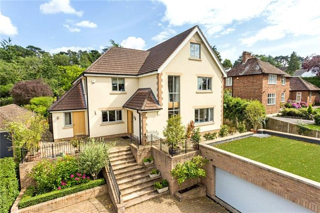 Guide Price £1,350,000, 5 Bedroom Detached House For Sale in Cheltenham, Gloucestershi, GL52