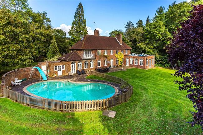 Guide Price £1,650,000, 5 Bedroom Detached House For Sale in Surrey, RH1