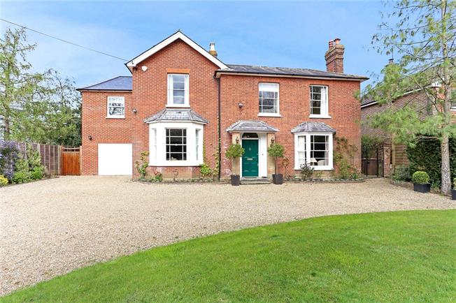 Guide Price £1,500,000, 5 Bedroom Detached House For Sale in Surrey, GU6